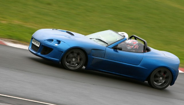 Track day for the newly blue Murtaya