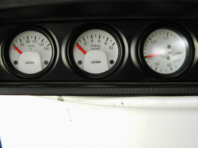 The matching auxiliary gauges (is the boost gauge rotated to compensate for the extra boost?  :) ).